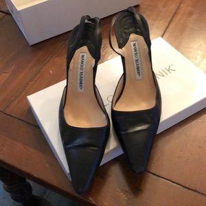 Manolo Blahnik Black leather slingback shoe sz 37
